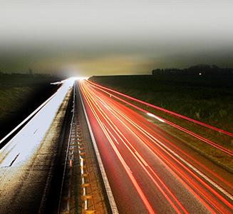Autobahn in Langzeitbelichtung