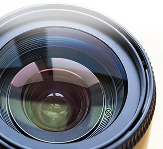 Kamera Objektiv Spiegelung auf Linse